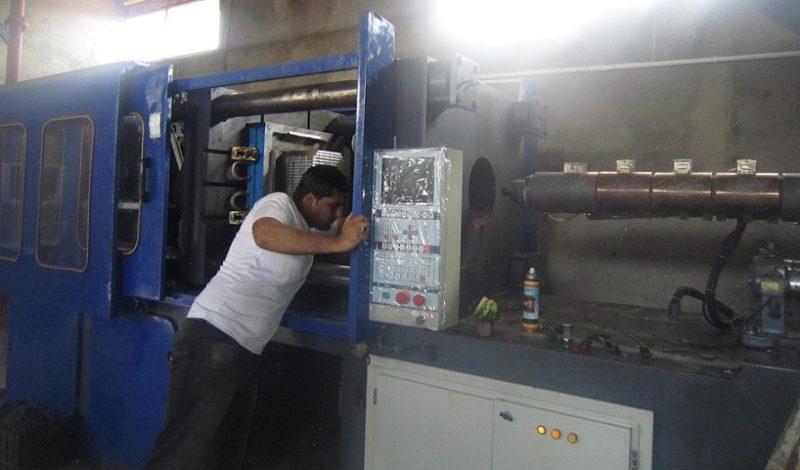 تزریق پلاستیک ۱۵۰۰ گرم (۳۸۰ تن) منصوریان