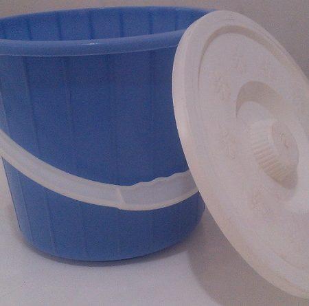 قالب سطل همراه با درب و دسته