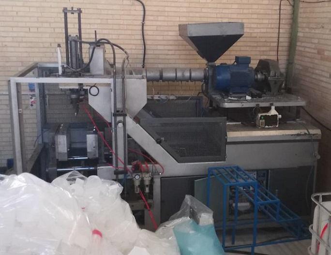 تزریق پلاستیک بادی ۱۰ لیتری تمام اتوماتیک موسی خانیان