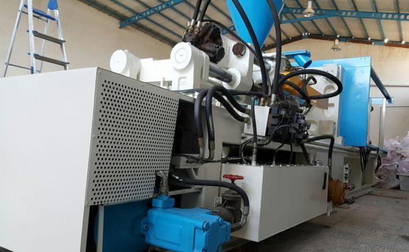 تزریق پلاستیک ۲۰۰۰ گرم (۴۰۰ تن) تکنو هیدرولیک